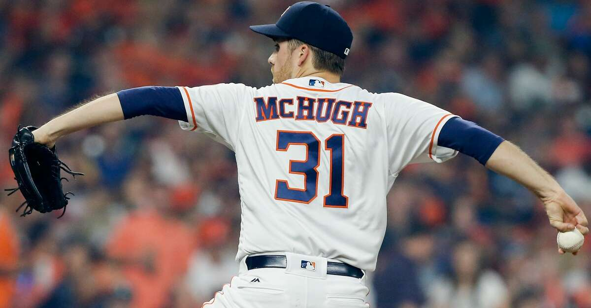 HOUSTON, TX - APRIL 11: Collin McHugh #31 of the Houston Astros pitches in the first inning against the Kansas City Royals at Minute Maid Park on April 11, 2016 in Houston, Texas. (Photo by Bob Levey/Getty Images)