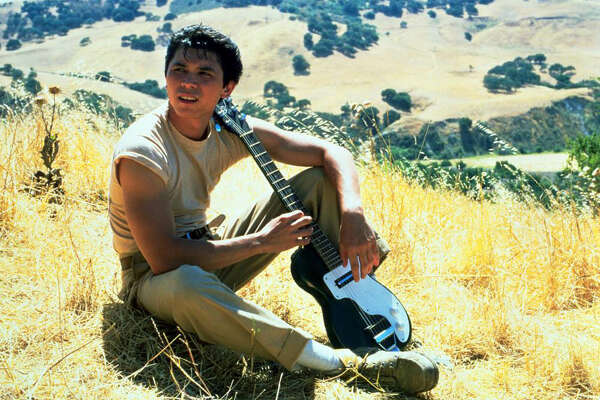 "Lou Diamond Phillips as ""Ritchie Valens""   Lou Diamond Phillips played the leading role in ""La Bamba"" as singer Ritchie Valens (real name: Richard Steven Valenzuela). The role was the first in a long line of big hits for Phillips in the late-80s and '90s that also included the ""Young Guns"" series."