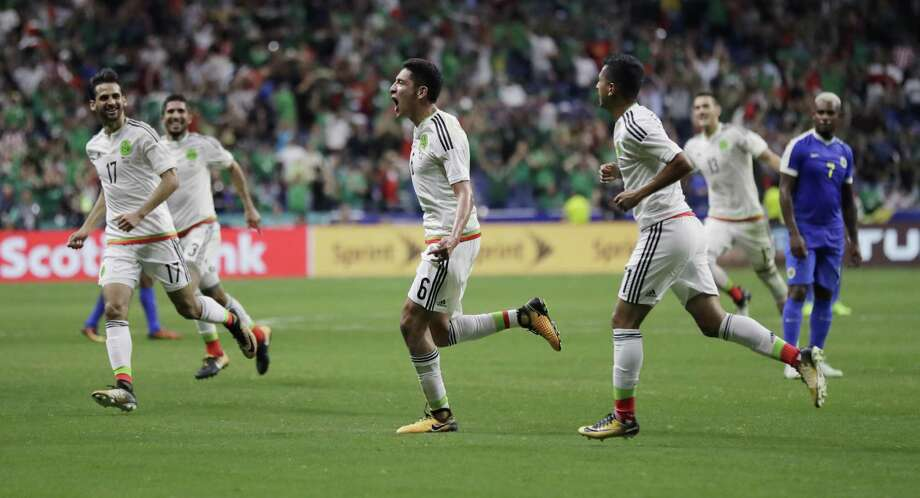 Mexico defeated Curacao 2-0 during a CONCACAF Gold Cup soccer match in San Antonio on Sunday. Photo: Eric Gay /Associated Press / Copyright 2017 The Associated Press. All rights reserved.