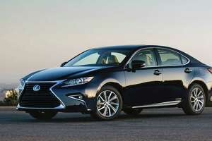 The Lexus ES 300h shopper can choose from 10 exterior colors that integrate a clear coat with self-healing properties. None of the colors carry a premium.
