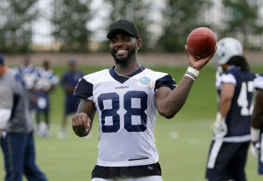 Dallas Cowboys wide receiver Dez Bryant (88) smiles as he jokes with teammates during an NFL football practice at the team's training facility, Tuesday, June 13, 2017, in Frisco, Texas. Photo: Tony Gutierrez /AP Photo