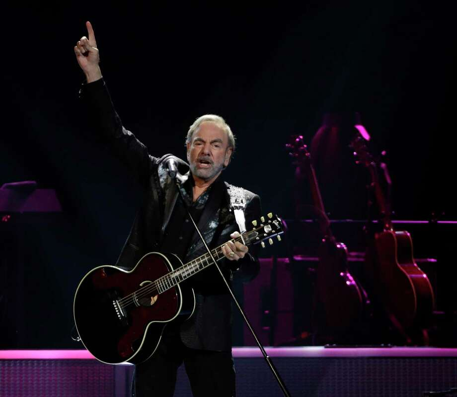 Neil Diamond performs at the Toyota Center Sunday, July 16, 2017, in Houston. ( Melissa Phillip / Houston Chronicle ) Photo: Melissa Phillip, Staff / © 2017 Houston Chronicle
