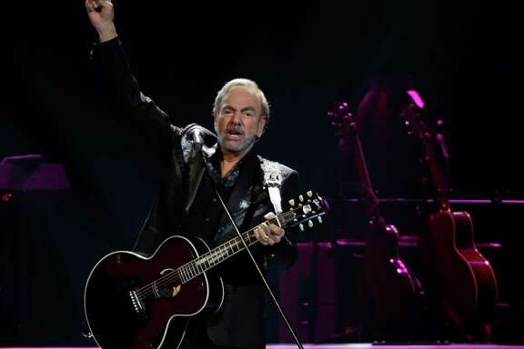 Neil Diamond performs at the Toyota Center Sunday, July 16, 2017, in Houston. ( Melissa Phillip / Houston Chronicle )