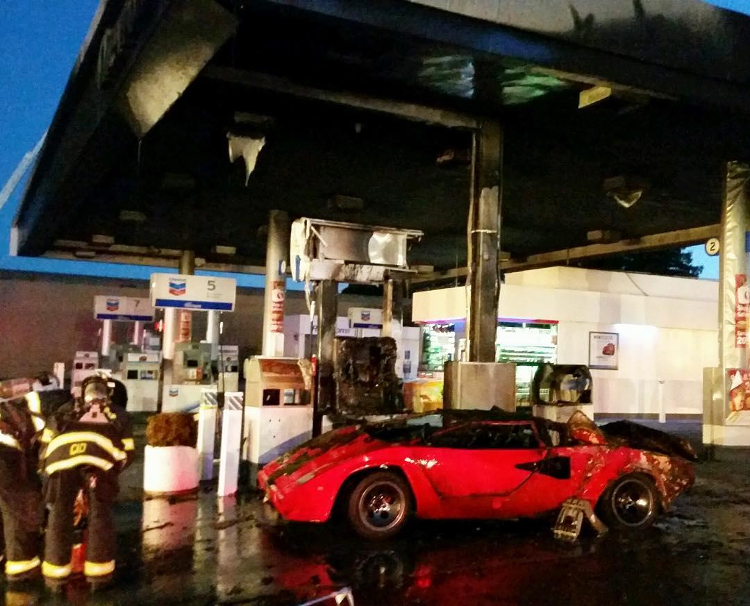 Lamborghini Explodes Into Flames At Redwood City Gas Station San Francisco Chronicle