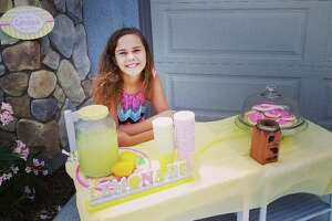 A man threatened to call the police on a girl at her lemonade stand for lack of a business license.