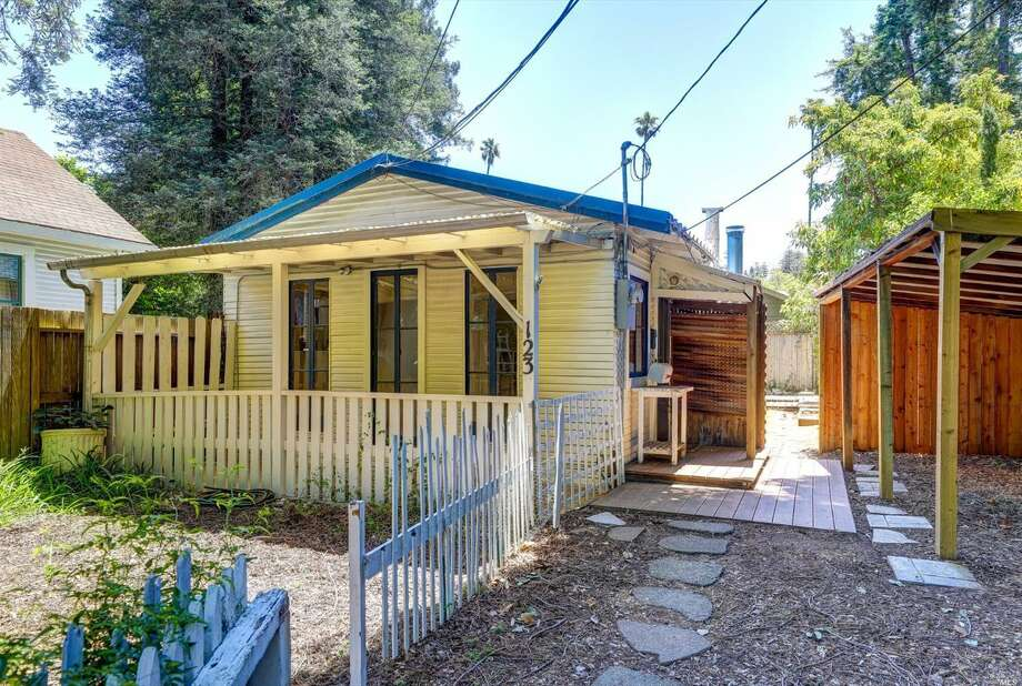 A 1908 cottage tucked away in a quiet residential neighborhood just around the the corner from the vibrancy of downtown Larkspur is on the market for $800,000. Photo: Courtesy Pacific Union