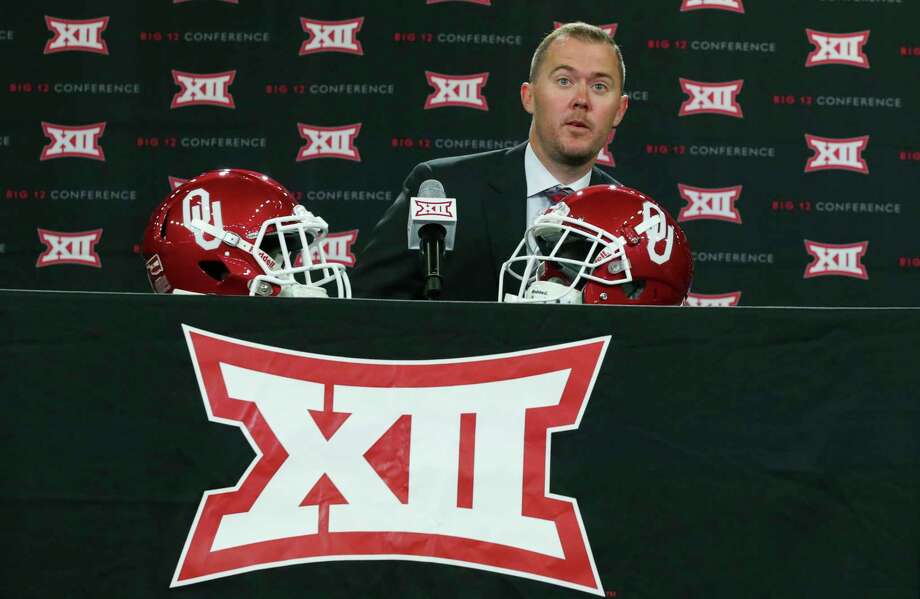 Oklahoma head coach Lincoln Riley takes his seat on the dais before speaking to reporters during the Big 12 NCAA college football media day in Frisco, Texas, Monday, July 17, 2017. (AP Photo/LM Otero) Photo: LM Otero, STF / Copyright 2017 The Associated Press. All rights reserved.