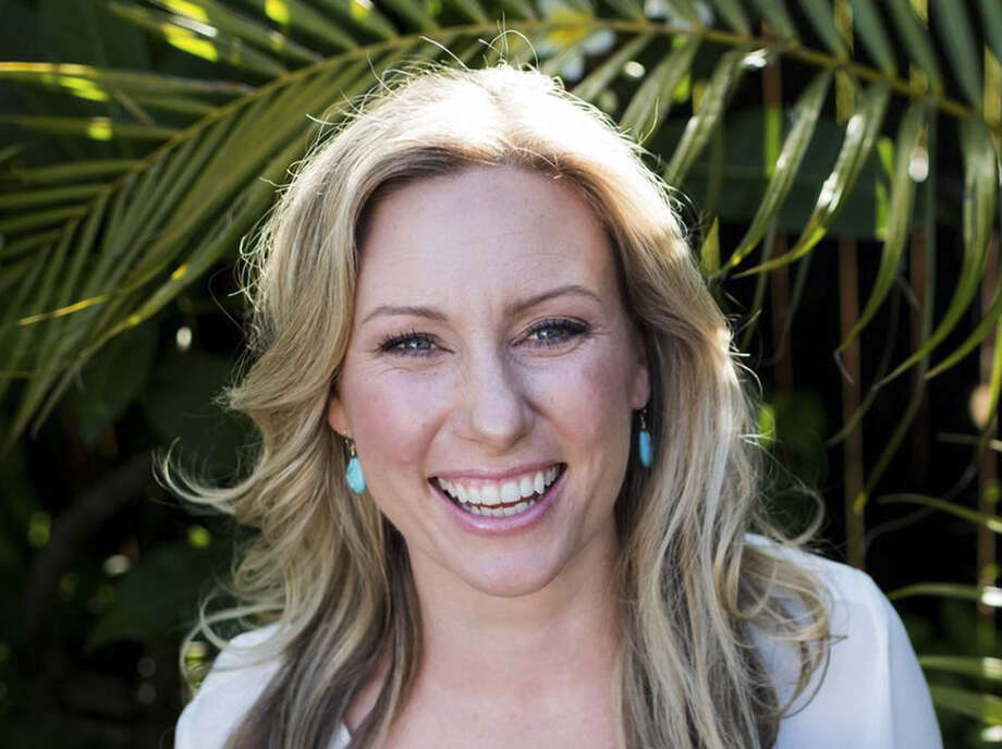 This undated photo provided by Stephen Govel/www.stephengovel.com shows Justine Damond, of Sydney, Australia, who was fatally shot by by police in Minneapolis on Saturday, July 15, 2017. Authorities say that officers were responding to a 911 call about a possible assault when the woman was shot. (Stephen Govel/www.stephengovel.com via AP) Photo: Stephen Govel, HONS / Stephen Govel / www.stephengovel.com