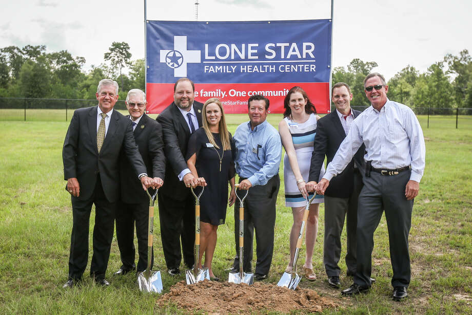 Local elected officials and leadership from Conroe ISD and Lone Star Family Health Center pose for a photo during the groundbreaking for a Lone Star Family Health Center clinic on Monday, July 17, 2017, on the campus of Ben Milam Elementary School in Grangerland. Photo: Michael Minasi, Staff Photographer / © 2017 Houston Chronicle