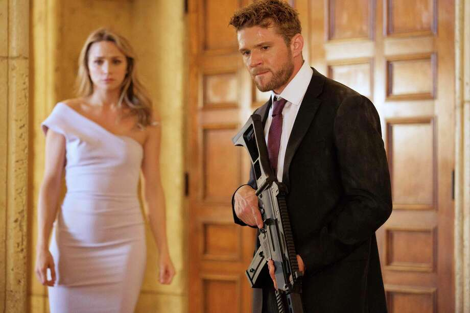 Ryan Phillippe and Shantel VanSanten, Shooter | Photo Credits: USA Network, Isabella Vosmikova/USA Network / 2017 USA Network Media, LLC