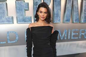 """HOLLYWOOD, CA - JULY 17:  Kendall Jenner attends the premiere of EuropaCorp And STX Entertainment's """"Valerian And The City Of A Thousand Planets"""" at TCL Chinese Theatre on July 17, 2017 in Hollywood, California.  (Photo by Todd Williamson/Getty Images)"""