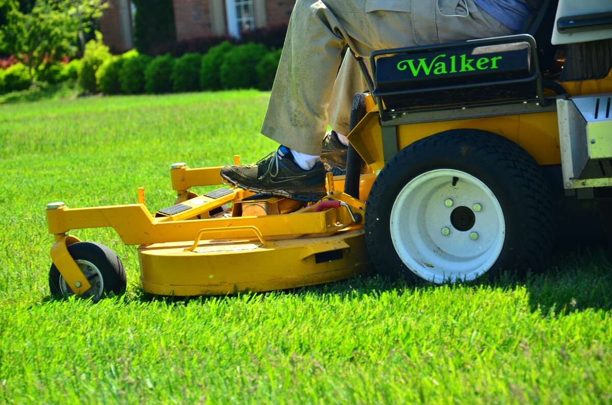 10. Landscaping and lawn care Fatal work injury rate: 18.1 per 100,000 workers Source: The Cheat Sheet