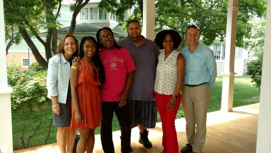 (l-r) Anne McCrory, Kirya Brown, Shaquanna Raynor, Jose Lopez, Jekiya Geter and Rob O'Connor Photo: Contributed / Contributed
