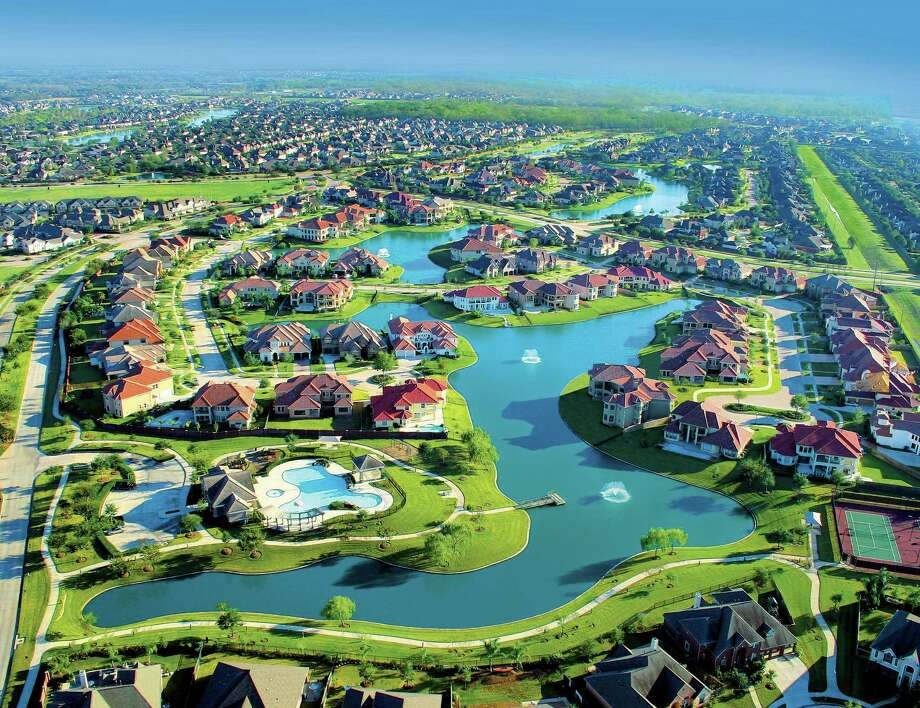 Builders in Johnson Development's 14 Houston-area communities are reporting 27 percent more sales during the first half of 2017 than last year. Johnson Development has more top-selling master-planned communities than any other developer in the nation, according to a recent report. Photo: Johnson Development