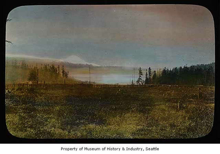 Lake Washington and Mount Rainier in an undated photo. Photo: Asahel Curtis / Museum Of History And Industry