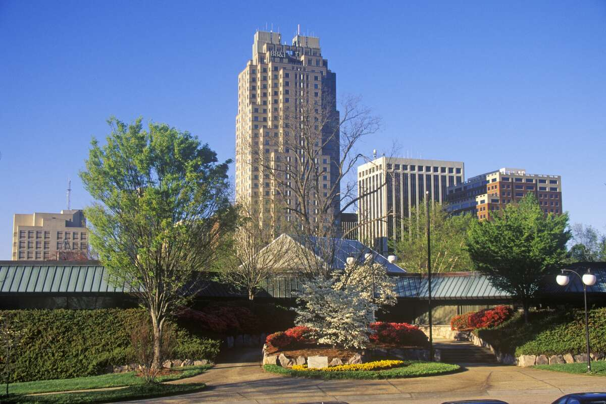 2) Raleigh-Durham, North Carolina Number two Raleigh presents a similar profile with an even lower cost of living and a mix of start-up companies and tech giants, such as IBM and Verizon, for tech workers to choose from.