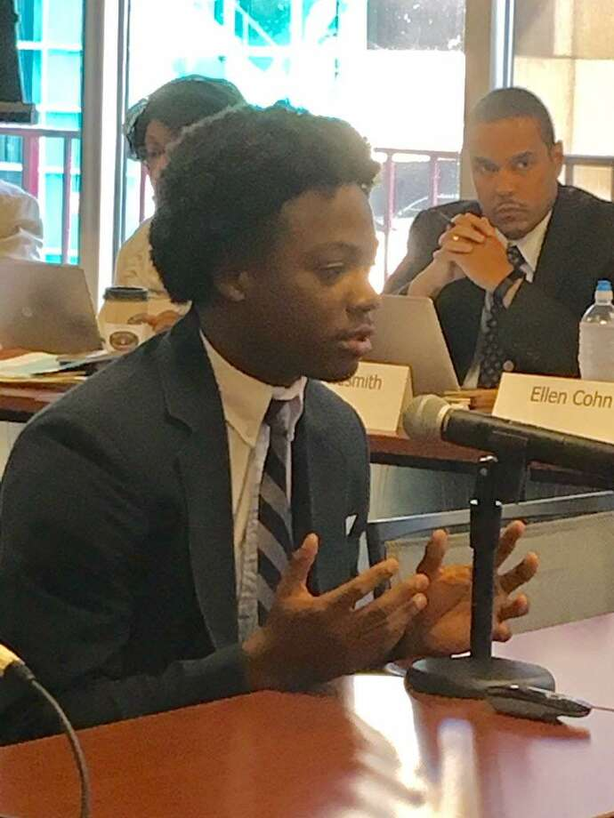 A Capital Prep Harbor student tells State Board of Education his school should expand Photo: Linda Conner Lambeck / Linda Conner Lambeck