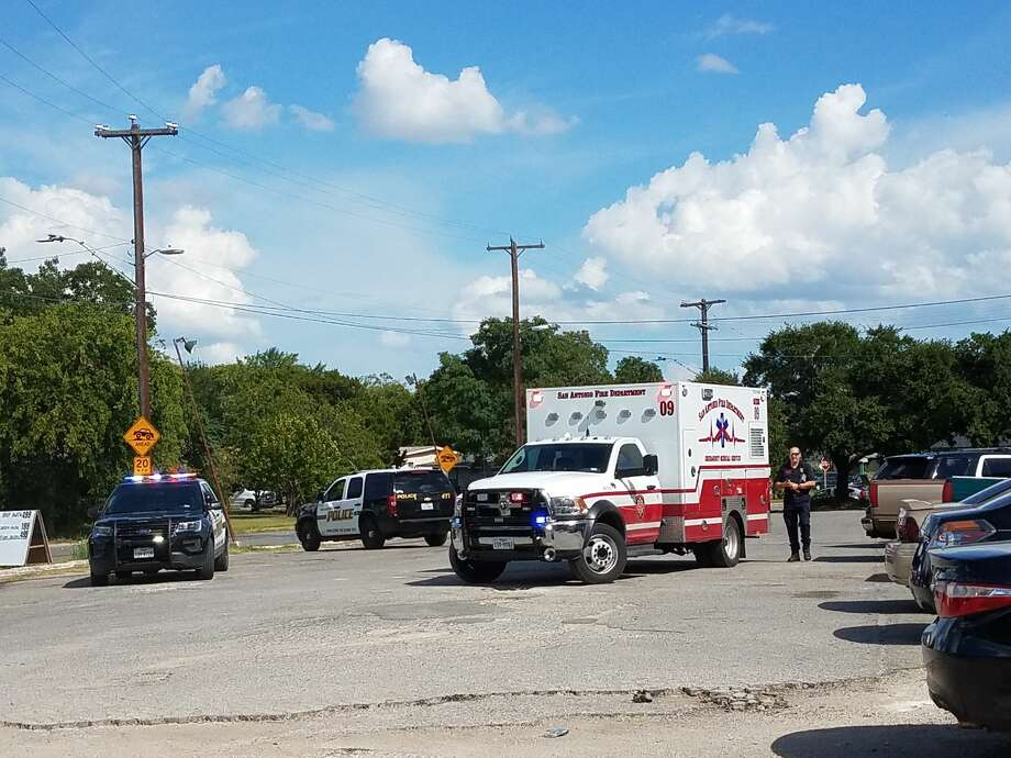 Two men were reportedly injured in a shootout near the intersection of Spriggsdale Boulevard and Hub Avenue Wednesday July 19, 2017. Photo: Sergio Martínez-Beltrán