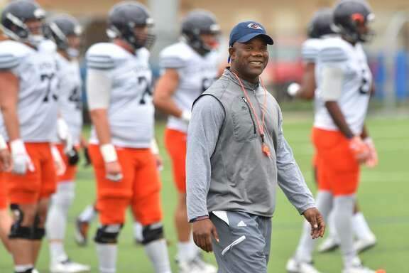 UTSA coach Frank Wilson smiles during spring practice on April 10, 2017.