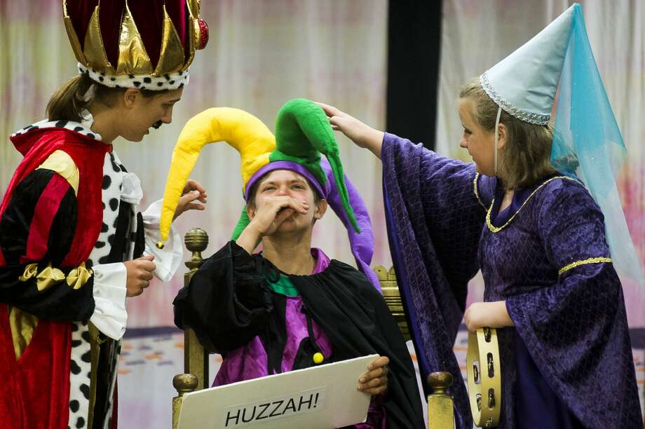 "Emma Roman, left, Kyle Kotanchek, center, and Helen Haight, right, rehearse Tuesday for ""Medieval MŽélange,"" a variety show presented by Summer Stage Theatre,  on Tuesday, July 13, 2017 at Midland First United Methodist Church. Photo: (Katy Kildee/kkildee@mdn.net)"