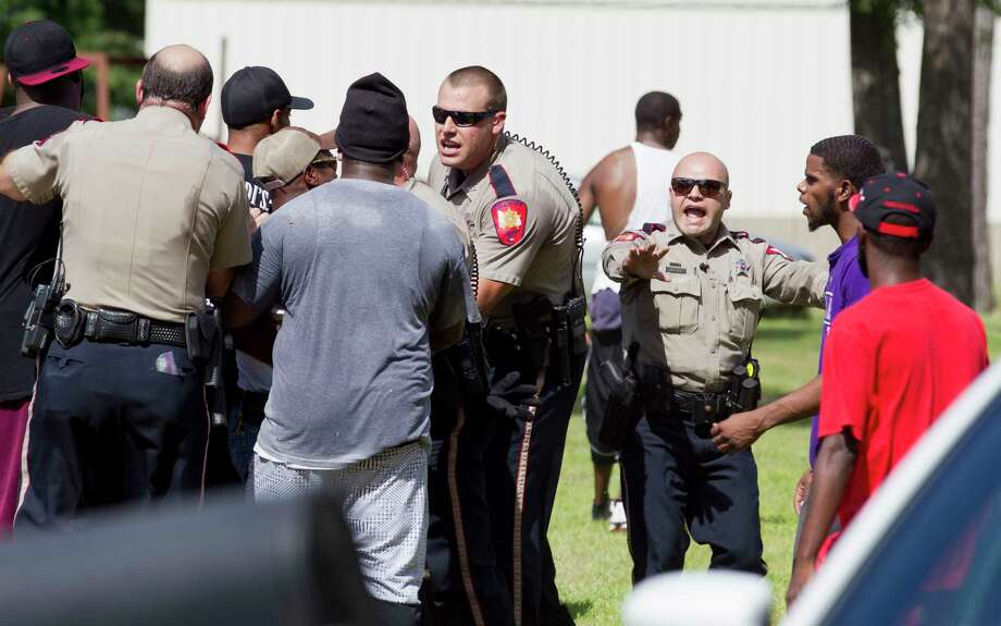 Two Confirmed Dead In Tamina Shooting Houston Chronicle