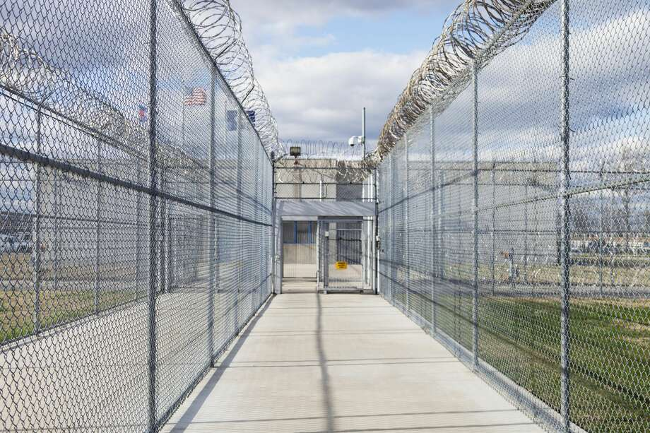 A group of Pack Unit inmates filed a federal lawsuit against the state prison system in 2014, following the heat-related deaths of multiple prisoners at facilities across the state. Photo: Spaces Images/Getty Images/Blend Images RM