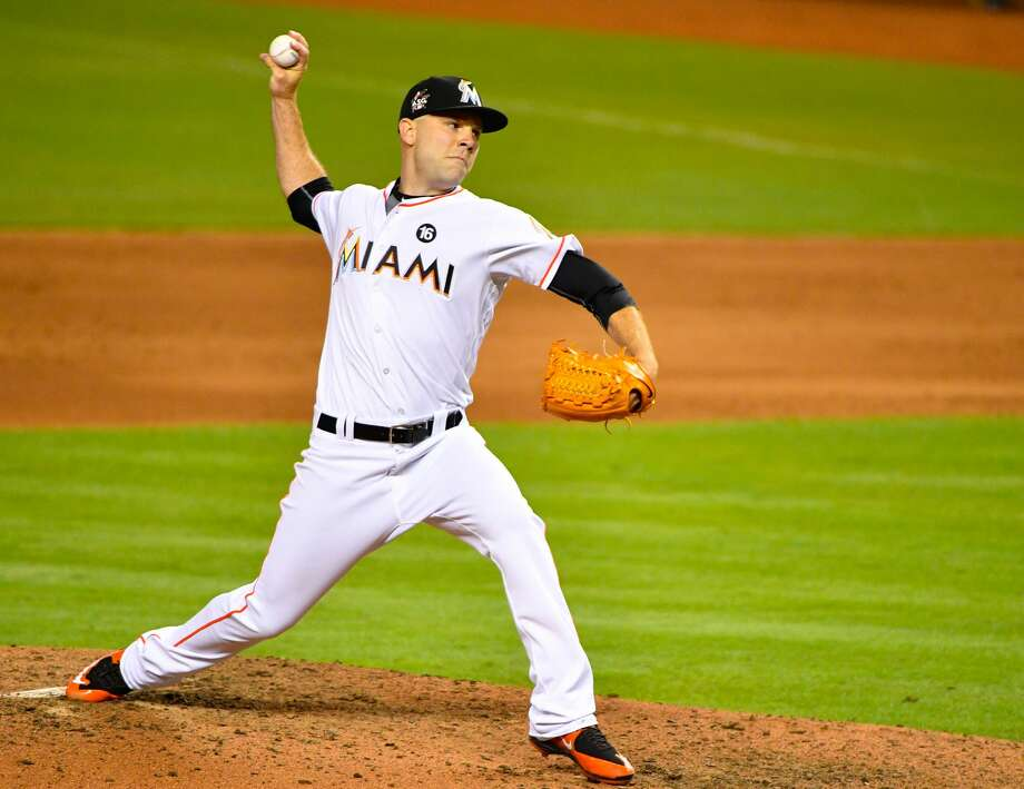 Marlins Trade David Phelps to Mariners: Report