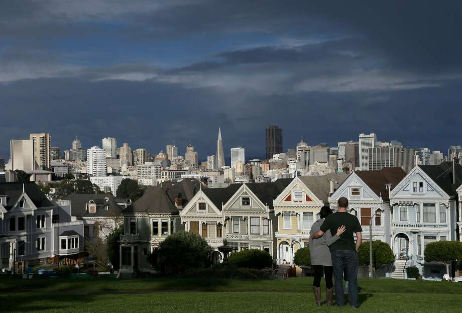 Click ahead to see what $3,300 a month rents you in San Francisco. Photo: Jeff Chiu, Associated Press