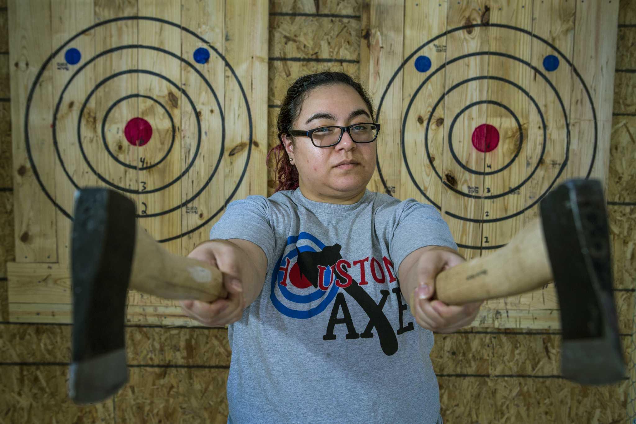 Axe Throwing Comes To Houston Houston Chronicle