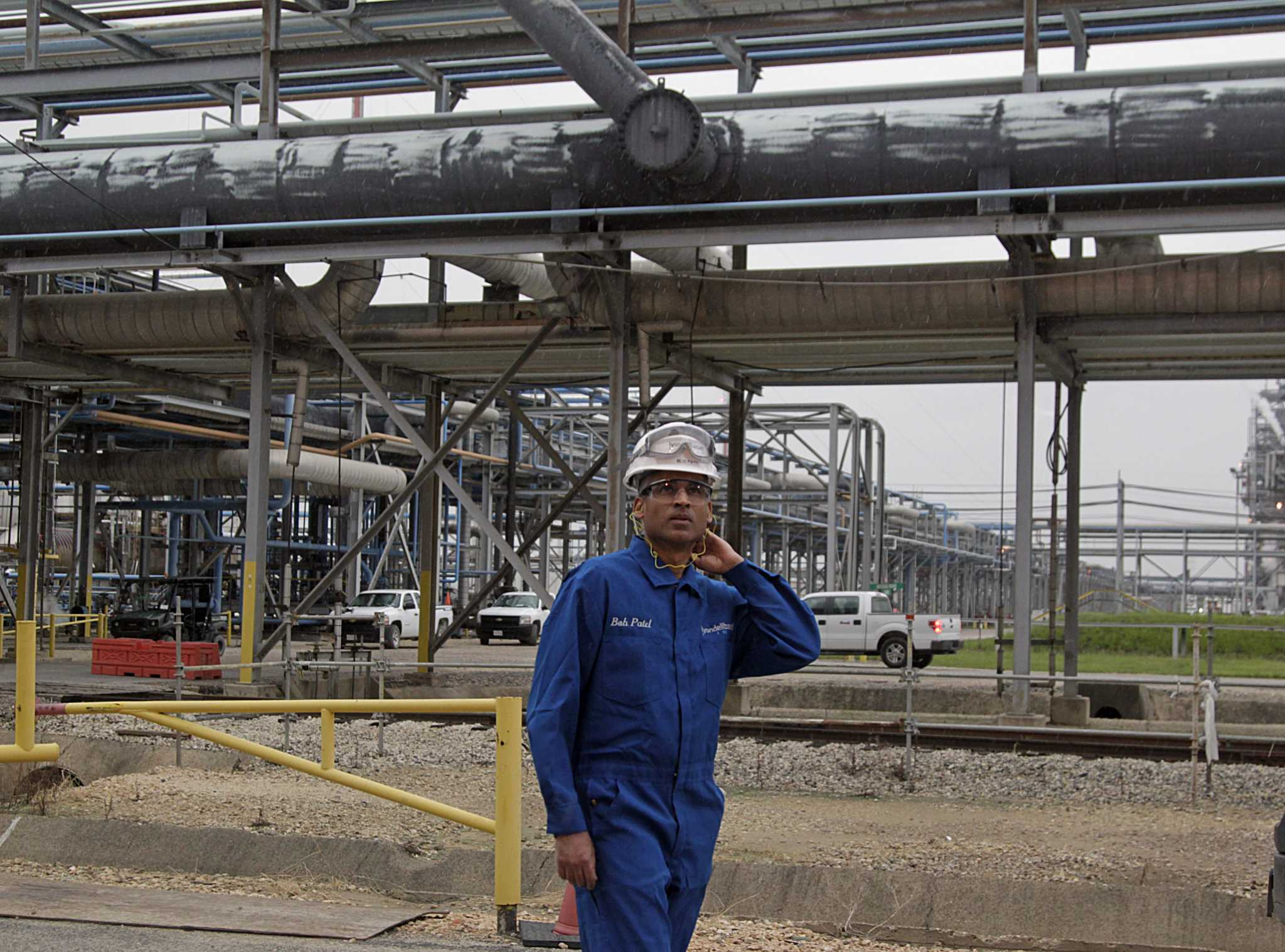 LyondellBasell advances $3 billion in Gulf Coast projects