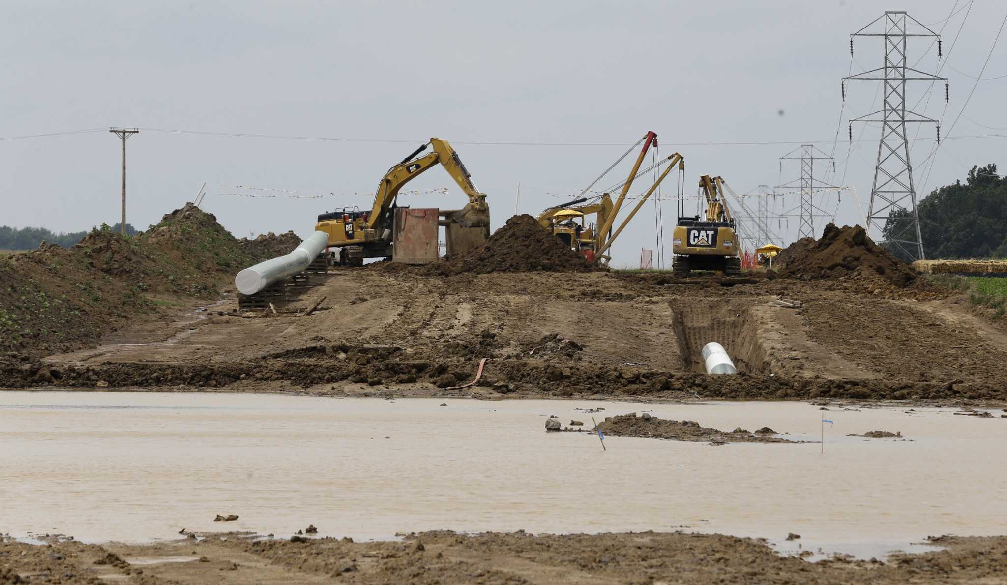 API report questions Perry's pipeline criticism