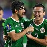 5a4980733 Rodolfo Pizarro s goal gives Mexico win over Honduras - Houston ...