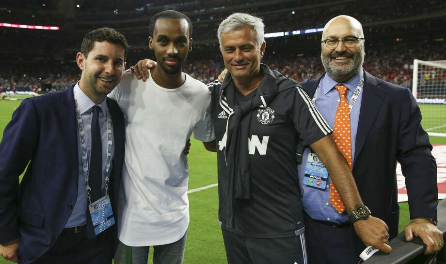 Manchester United Manchester United Head Coach Jose Mourinho, second right, and rapper Future, second left, pose for a photo before the International Champions Cup game between Manchester City and Manchester United at NRG Stadium Thursday, July 20, 2017, in Houston. ( Yi-Chin Lee / Houston Chronicle ) Photo: Yi-Chin Lee/Houston Chronicle
