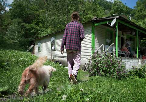 In former coal country, working poor show open contempt for