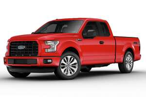 Designed to deliver style and value, the new-for-2017 STX package is available on F-150s in either SuperCab or SuperCrew and any cab configuration on Super Duty.