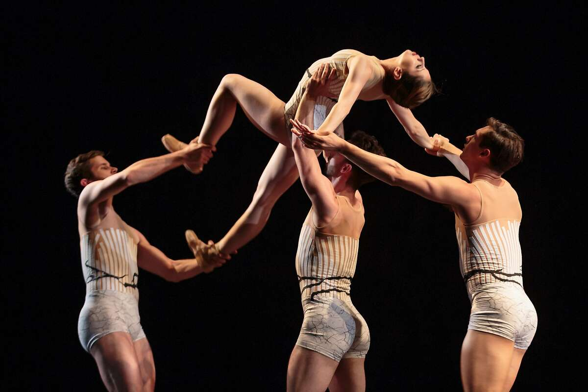 Photo entitled 5_Imagery Work: Wandering (world premiere), July 21-23, Cowell Theater, Fort Mason Center Choreographer: Amy Seiwert Dancers pictured: Gabriel Gaffney-Smith, Tina Laforgia, Ben Needham-Wood & Anthony Canarella Photo Credit: Chris Hardy Amy Seiwert's Imagery in Wandering