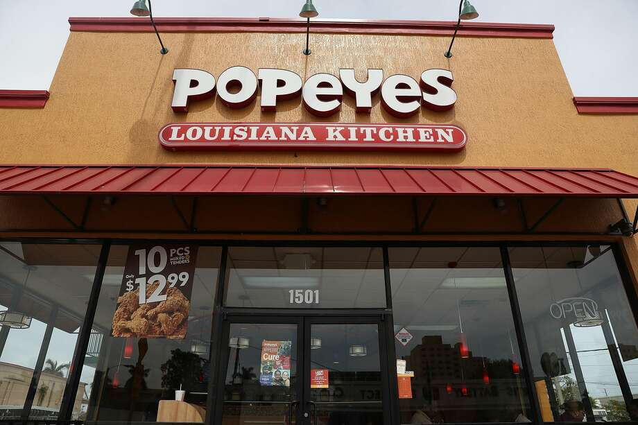 Popeye's: 9312 Mines Rd