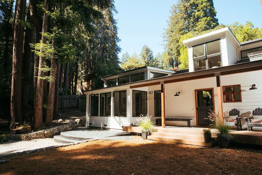 Exterior of the renovated Mill Valley home of Kathleen Craven and Roark Van Dien. Photo: Mason Trinca, Special To The Chronicle