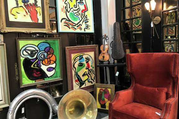 A colorful, artsy room display at Paul Michael, the Market Hill anchor store.