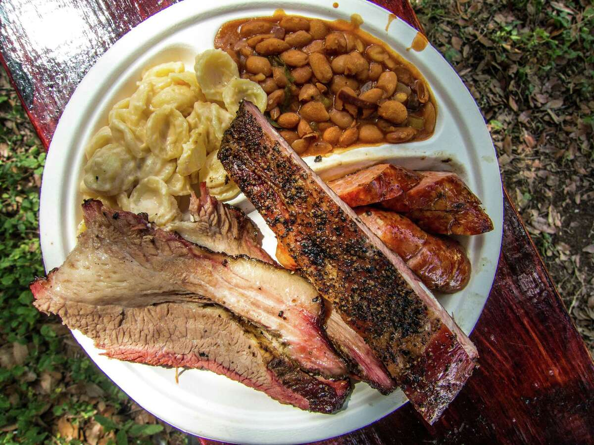 Heavy smoked meat in the summer? Yes, please.