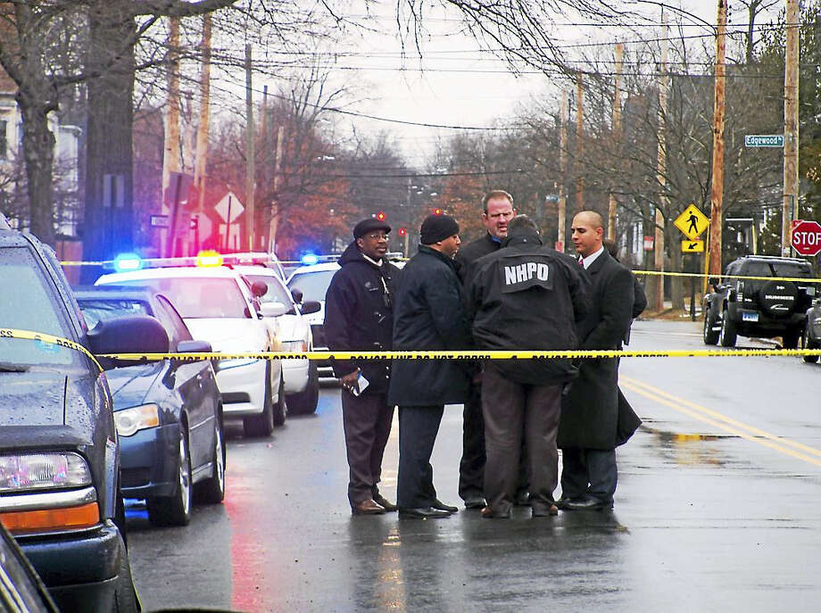 (Wes Duplantier -- The New Haven Register)New Haven police are investigating after a man was shot late Tuesday morning on Winthrop Avenue. The man was taken to the hospital with a wound to his abdomen. Photo: Digital First Media