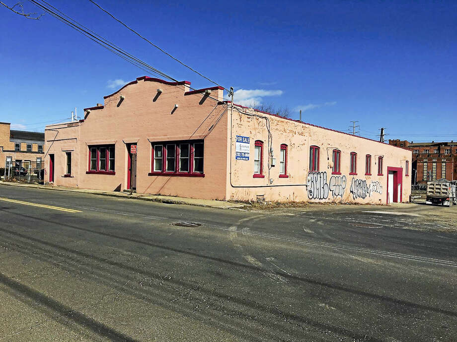 Emergency Shelter Management Services wants to  put a homeless shelter at 293 East St.Mary O'Leary - New Haven Register Photo: Digital First Media