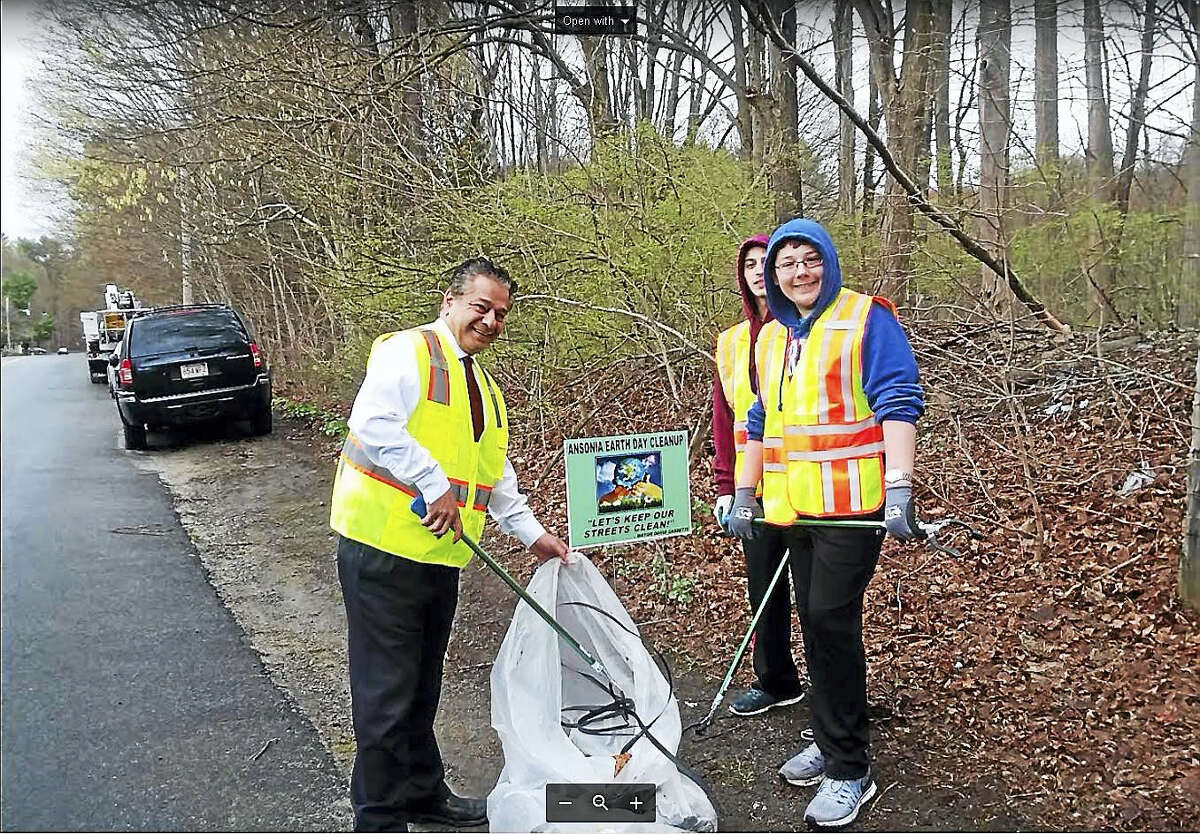 Earth Day Cleanup - AnsoniaWhen: April 21, 9am | Where: Ansonia ArmoryWhat: The city will provide bags, trash pickers and reflective vests. Those age 12 and up are encouraged to volunteer. All participants are invited to attend the post-clean up picnic cookout at the pavilion at Ansonia Nature Center. Find out more.