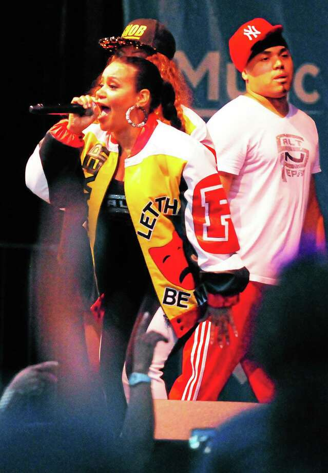 Crowds filled the New Haven Green Saturday night to see hip-hop artists Salt-N-Pepa perform as part of the Music on the Green concert series. Photo: Peter Hvizdak — New Haven Register   / ©Peter Hvizdak /  New Haven Register