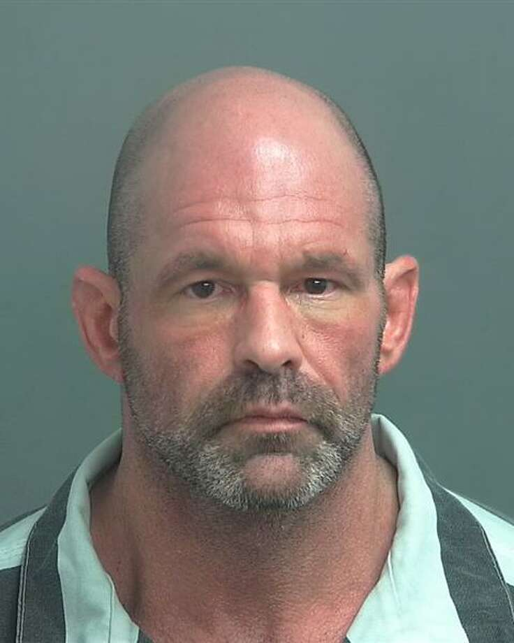 """SOWELL, Darryl Dean White/Male DOB: 07-07-68 Height 5'07"""" Weight: 160 lbs. Hair: Black Eyes: Brown Warrant: #170303418 Set Aside Bond Poss w/Intent to Del/Man Cont Sub LKA: Kharbat, Conroe Photo: Crimestoppers"""