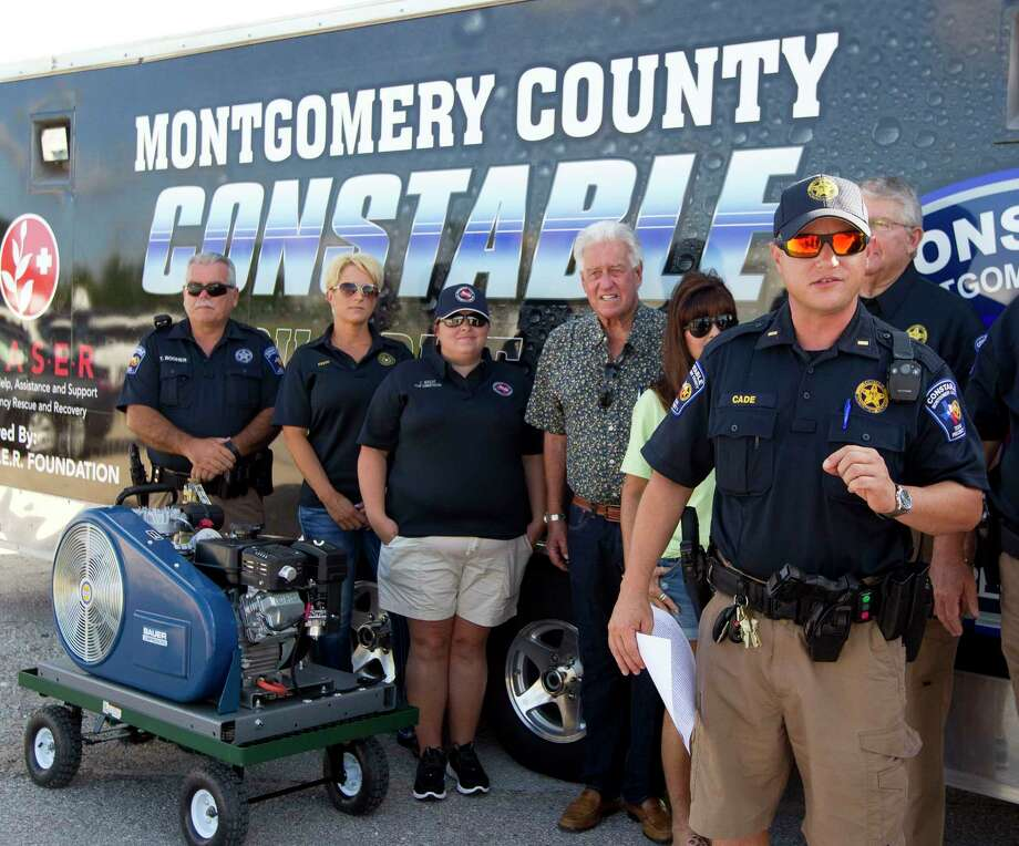 Lt. Tim Cade with the Montgomery County Precinct 1 Constable's Office speaks near Lake Conroe during a press conference, Thursday in Conroe. Photo: Jason Fochtman, Staff Photographer / © 2017 Houston Chronicle