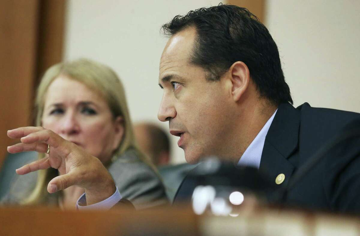 Senator Jose Menéndez questions San Antonio mayor Ron Nirenberg as the Senate State Affairs committee holds a hearing on the bathroom bills filed by Sen. Lois Kolkhorts on Friday. Menéndez is among legislators who are raising campaign cash during the special session.