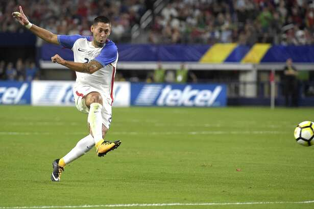 USA forward Clint Dempsey scores a goal on a free kick against Costa Rica during the second half of a CONCACAF Gold Cup semifinal at AT&T Stadium in Arlington, Texas, on Saturday, July 22, 2017. The United States advanced, 2-0. (Max Faulkner/Fort Worth Star-Telegram/TNS)