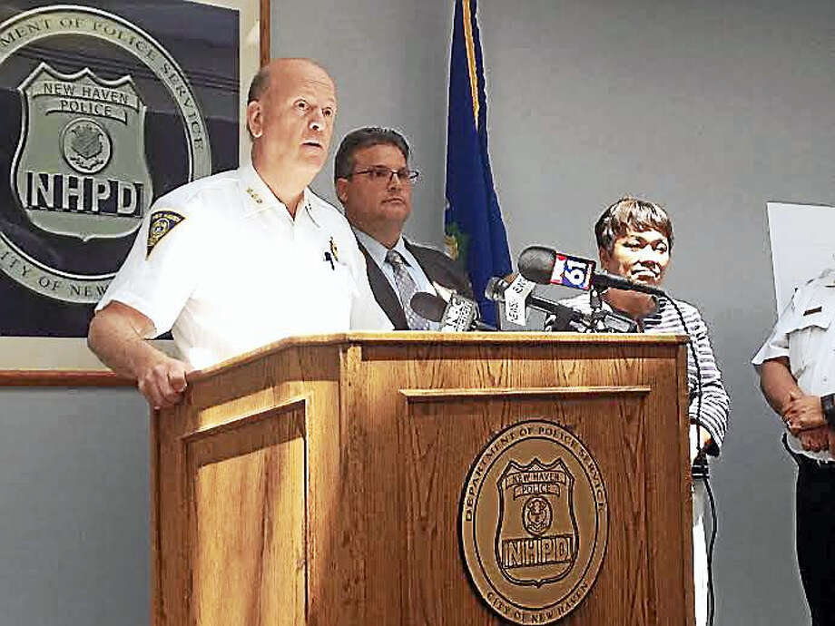 Then-New Haven Police Chief Dean Esserman speaking at a press conference. Photo: Brian Zahn — New Haven Register