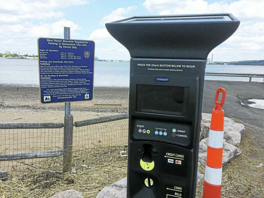 A new parking kiosk at the West Haven boat ramp off April Street. Photo: Mark Zaretsky / Hearst Connecticut Media